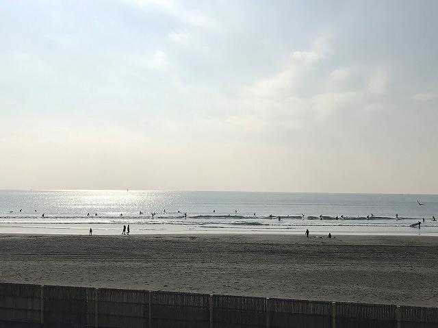 冬の湘南海岸
